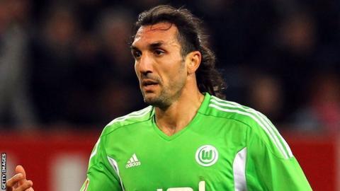 Sunderland complete the loan signing of Sotirios Kyrgiakos