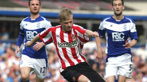 Ryan Noble (centre) in action for Sunderland against Birmingham