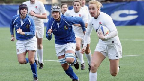 England's Michaela Staniford on her way to scoring a try