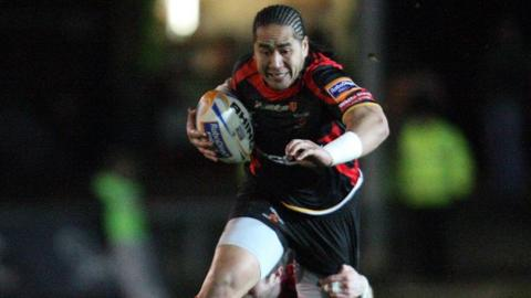 Andy Tuillagi attacks Edinburgh