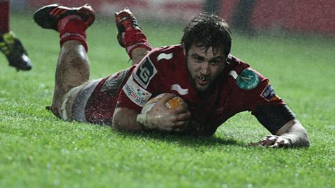 Josh Turnbull scores for the Scarlets
