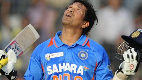 Sachin Tendulkar celebrates his 100th century