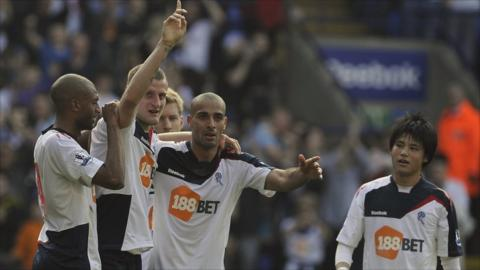 Bolton Wanderers David Wheater (second left celebrates scoring
