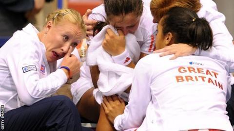 Elena Baltacha (left) and team console Laura Robson (centre)
