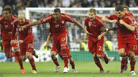 Bayern players celebrate their victory