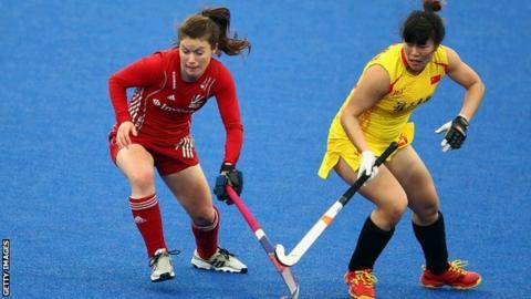 British and Chinese hockey players