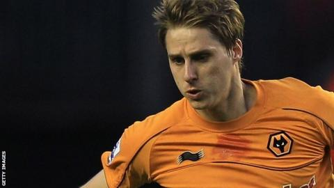 Wolves midfielder Dave Edwards