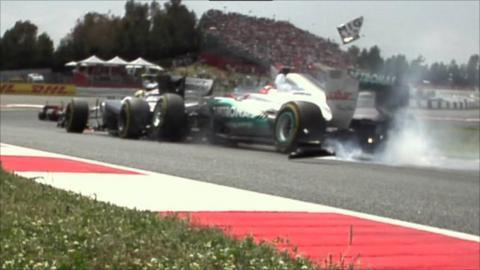 Schumacher runs into Senna in Spain