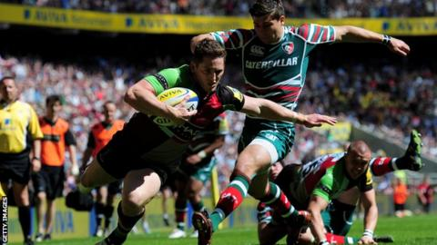 Tom Williams scores Harlequins' first try