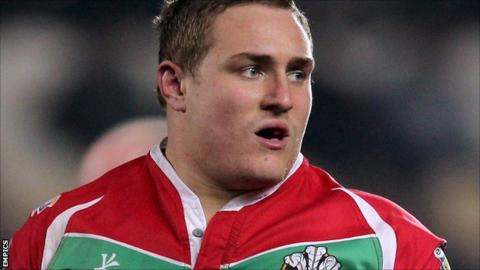 Wigan Warriors prop Gil Dudson