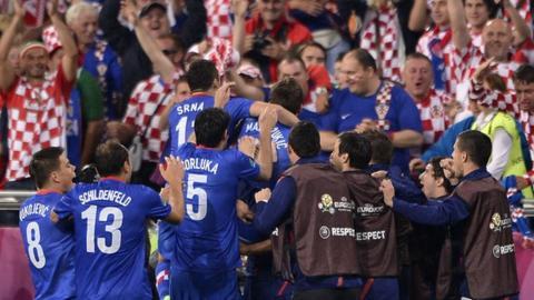 Croatia celebrate on way to victory over Ireland