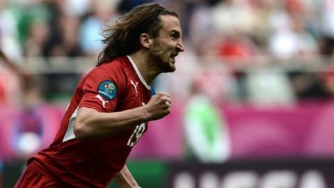 Highlights: Greece 1-2 Czech Republic