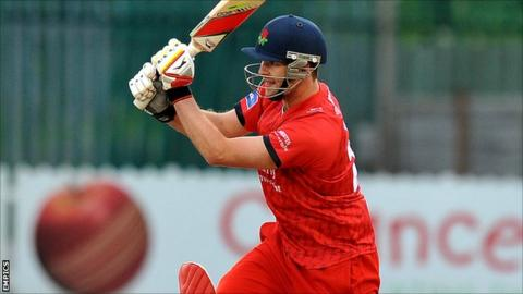 Lancashire all-rounder Tom Smith