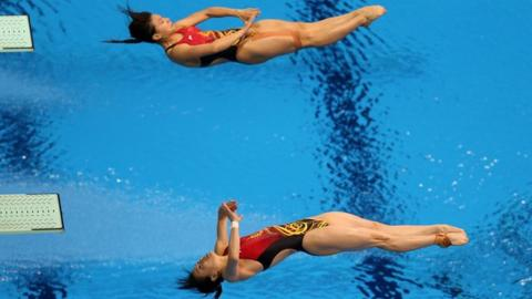 China win diving gold
