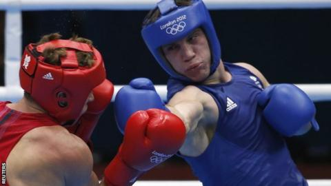 Ukraine's Taras Shelestyuk fights Britain's Freddie Evans