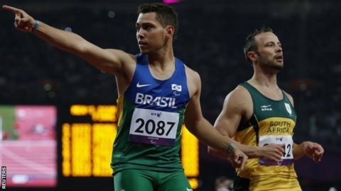 Brazil's Alan Oliveira (left) and Oscar Pistorius
