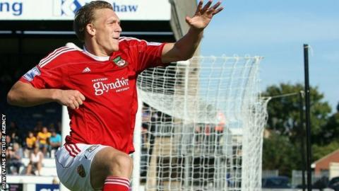 Danny Wright joins Morrell in scoring twice in Wrexham's 4-1 win