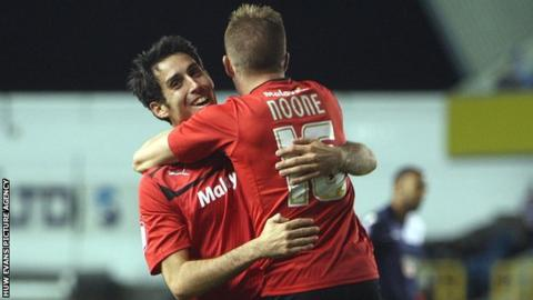 Peter Whittingham is congratulated by Cardiff team-mate Craig Noone