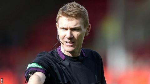 Referee Callum Murray