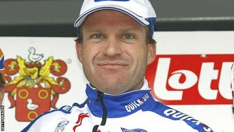 Steven de Jongh during his cycling days in 2008