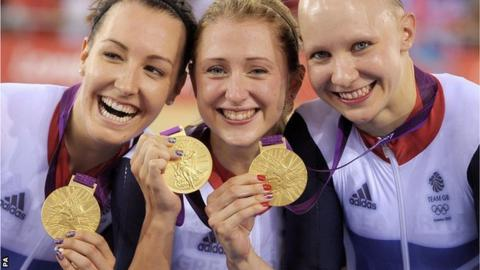(l-r) Dani King, Laura Trott and Jo Rowsell with their Olympic team pursuit gold medals