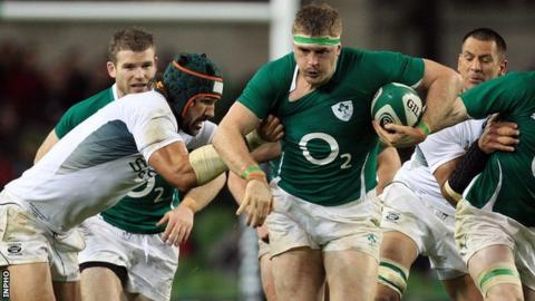 Jamie Heaslip attempts to burst away from Victor Mayfield in the 2010 contest in Dublin