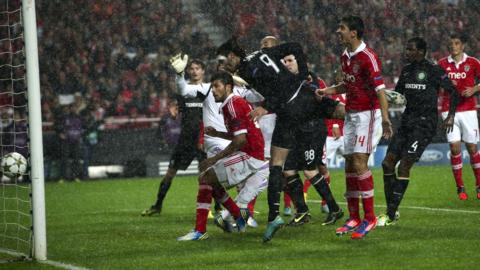 Celtic striker Georgios Samaras scores an equaliser against Benfica
