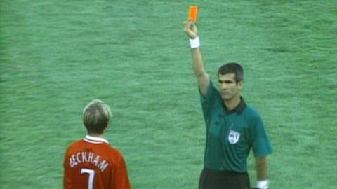 David Beckham sent off at Club World Cup in 2000