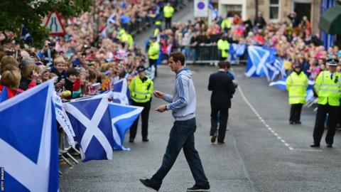 Andy Murray signs autographs in Dunblane