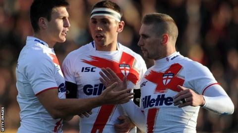 England's Tom Briscoe (left), Kevin Sinfield (centre) and Sam Tomkins