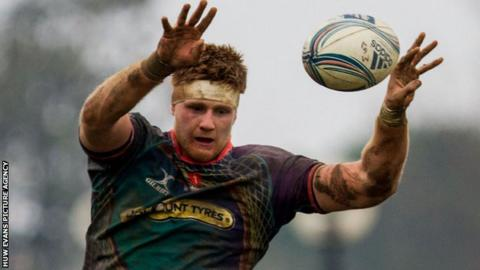 Andrew Coombs in action for the Dragons