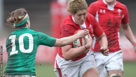 Wales' Gemma Hallett in action against Ireland