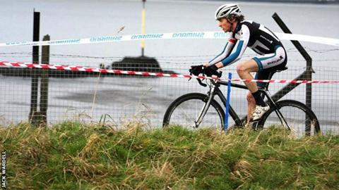 Rab Wardell on his way to winning Dig in at the Dock in Bo'ness