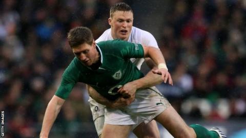 Chris Ashton makes a tackle