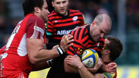 Charlie Hodgson in action for Saracens against London Welsh
