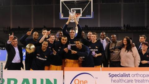 Sheffield lift BBL Trophy