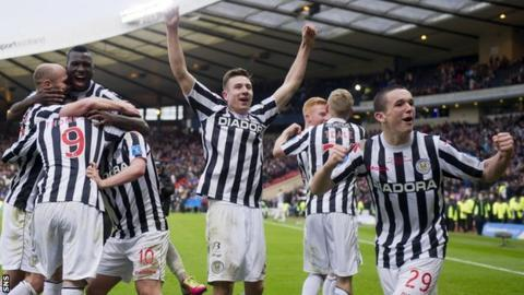 The St Mirren players celebrate