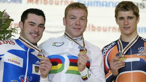 Chris Hoy (centre) wins gold in Melbourne