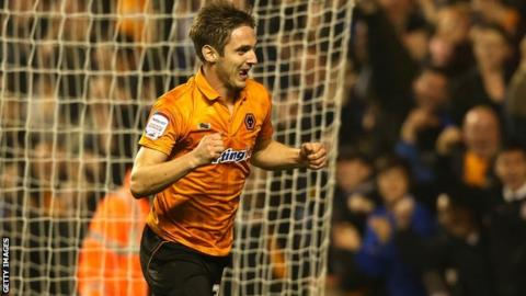 Kevin Doyle celebrates