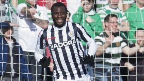 St Mirren striker Esmael Goncalves