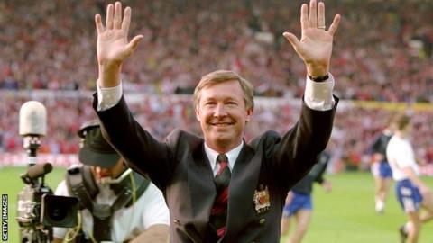 Sir Alex Ferguson celebrates after winning the 1993 title