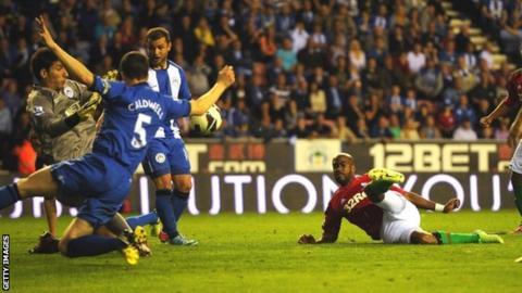 Dwight Tiendalli scores Swansea's winner