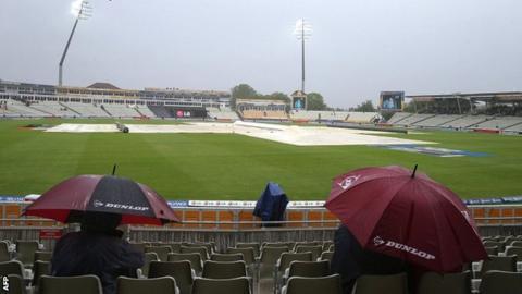 Rain arrives at Edgbaston
