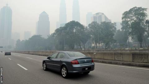 Petronas Towers in Kuala Lumpur shrouded in haze (23 June 2013)