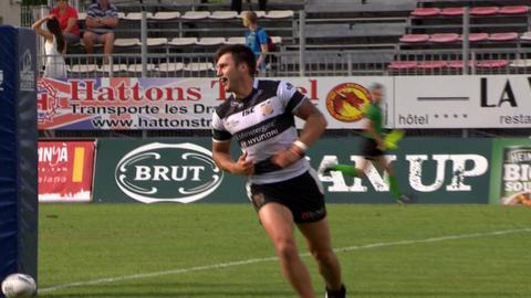 Tom Briscoe celebrates try
