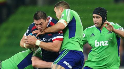 Gareth Delve ends his stint in Australia by leading Melbourne Rebels as they beat the Highlanders 38-37 in the Super XV
