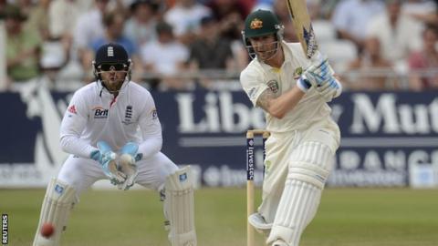 Australia captain Michael Clarke (right)