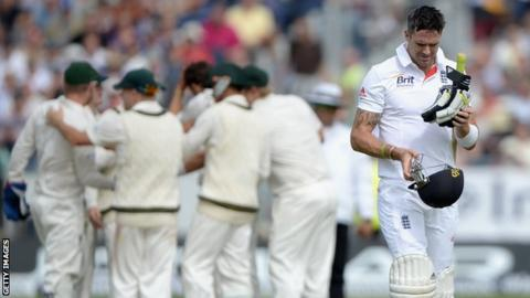 Kevin Pietersen departs for 26, caught behind for 26 off Nathan Lyon