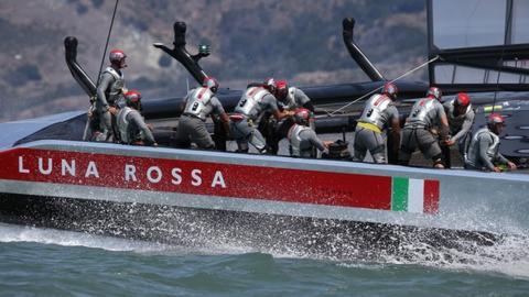 The crew of Luna Rossa in action