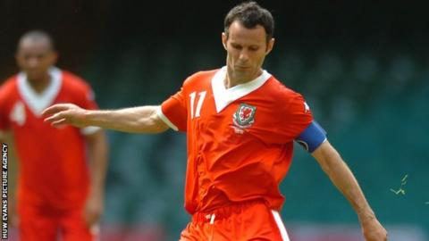 Ryan Giggs in Wales action